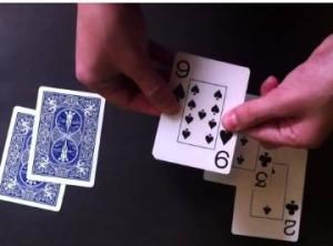 Los trucos de magia de la carta saltarina